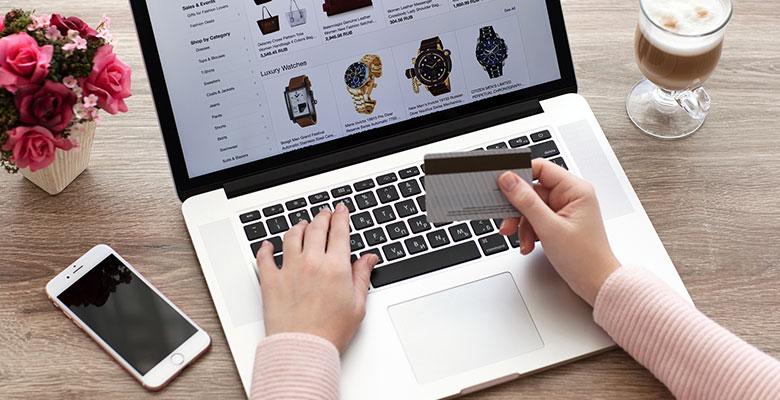 macbook-credit-card